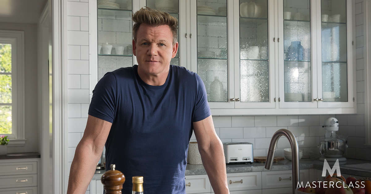 Gordon ramsay teaches cooking masterclass for Gordon ramsay home kitchen